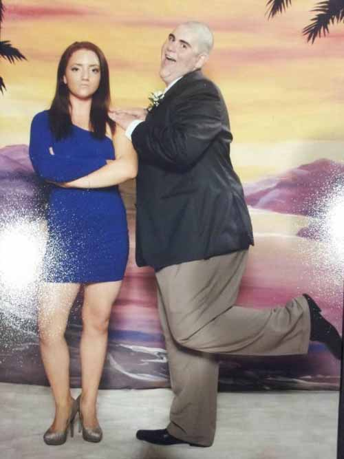 Awkward Prom Picture - SlightlyQualified.com Funny Pics