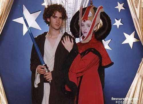 Star Wars Prom Picture - SlightlyQualified.com Funny Pics