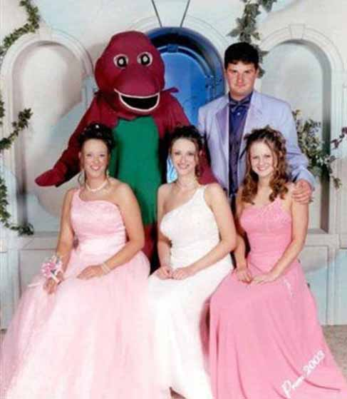 Funny Weird Dad with Gun Prom Picture - SlightlyQualified.com Funny Pics